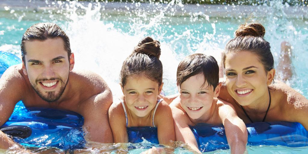 famille piscine